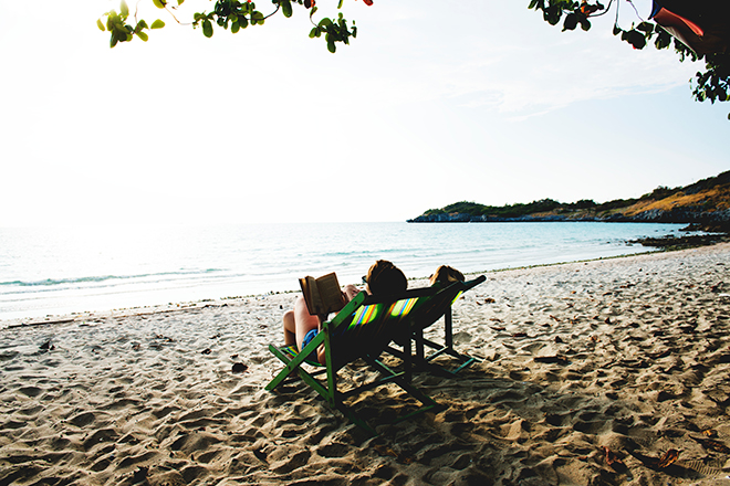 beach-chill-deck-chair-604888